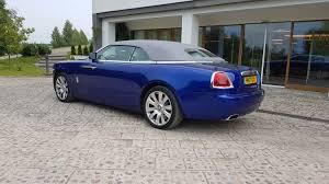 rolls royce wraith sport alfa lt u201erolls royce dawn u201c kabrioleto testas diena stebuklų šalyje