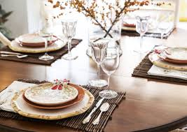 how to set a rustic and warm thanksgiving table holidays