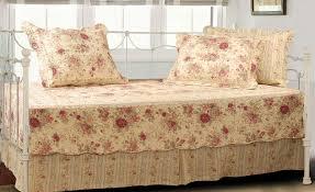 Target Bedroom Set Furniture Bedding Set Refreshing Daybed Set Target Memorable Daybed Set