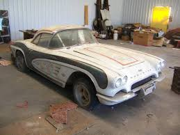 1962 corvette for sale craigslist corvettes on craigslist barn find 1961 corvette fuelie corvette