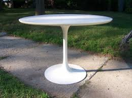 Miller Table Vintage Saarinen Tulip Dining Table Modern Love