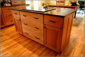 best kitchen paint colors with oak cabinets and black countertops