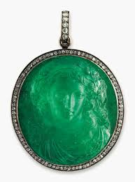 5 Minutes With U2026 An Emerald Cameo Christie U0027s