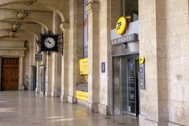 bureau de poste ouvert le samedi poste ouverte 7j 7 en plein centre de