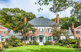 Beautiful Homes And Great Estates by Long Island Neighborhood Spotlight Syosset Liberty Moving