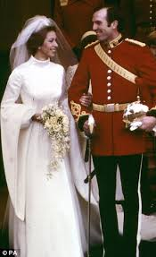 Medieval Wedding Dresses Uk Royal Wedding Dress Designers Can Be More Cursed Than Blessed