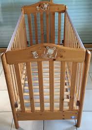chambre bébé pin massif lit bébé pali pin massif ciré tiroir tbe occasion en
