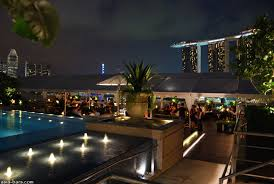 Top Rooftop Bars Singapore Lantern Bar Stylish Rooftop Bar At The Fullerton Bay Hotel