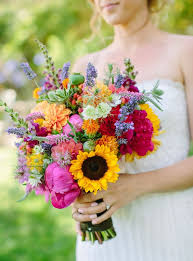 sunflower bouquets 21 sunflower wedding bouquet ideas for summer wedding