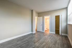 Laminate Flooring Miami Fl North Miami Fl Apartments For Rent Aliro Apartments