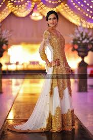 Red Bridal Dress Makeup For Brides Pakifashionpakifashion Pure Bleach White With Gold Embroidery Pakistani Style Indian