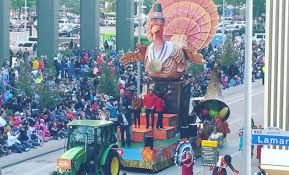 h e b thanksgiving day parade called one of the best in u s