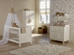 rangement mural chambre bébé design interieur déco murale chambre bébé commode armoire rangement