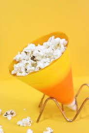 quick halloween crafts diy popcorn paper cones holder the craftables