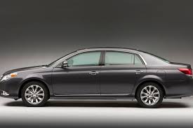 photo gallery 140126 first look 2011 toyota avalon automobile