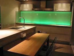 carrelage en verre pour cuisine une credence de cuisine idaes galerie et crédence de cuisine
