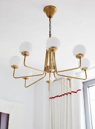 Create A Chandelier Inside Mindy Kaling U0027s New York Apartment