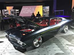 concept chevy chevelle slammer introduces latest chevy crate engine at sema