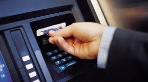 Los Bancos suben las comisiones para enfrentar la crisis