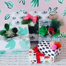 diy evergreen gift toppers sunset