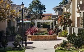 photos of ralston courtyard apartments in ventura california