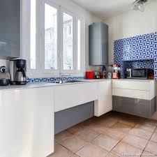resine pour cuisine carrelage mur cuisine moderne idées décoration intérieure