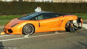lamborghini gallardo buy 150 000 lamborghini gallardo bicolore crash in leicester driver