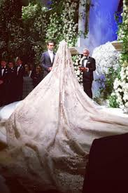 photo de mariage robe de rêve et concert de gaga l extravagant mariage