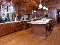 plancher cuisine bois plancher huilé huiler et teindre un plancher de bois