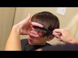 youtube young boys getting haircuts young justin bieber side swept haircut how to cut boys hair