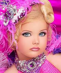 Makeup That Looks Airbrushed Mommy U0027s Nightmare Child Pageants Why Would You Do This To Your