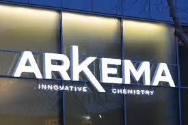 arkema siege l usine texane d arkema risque l incendie après le passage de l