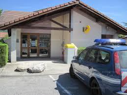 bureau de poste echirolles isère nord un individu armé attaque le bureau de poste et braque