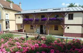 bureau chatou bar musée fournaise tourist office