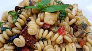 cuisine tv recettes italiennes salade de pâtes à l italienne recette par la p tite cuisine de pauline
