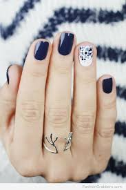 10 of the best nail art instagrammers gloves winter and black