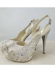 wedding shoes peep toe ivory rhinestone peep toe bridal shoes ivory wedding heels blue
