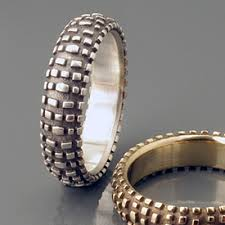 Non Traditional Wedding Rings by 25 Unusual And Unique Wedding Rings For The Modern Couple