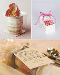 macaron wedding favors friday favors macarons the paisley box