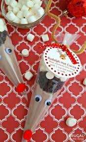 budget friendly christmas traditions christmas traditions