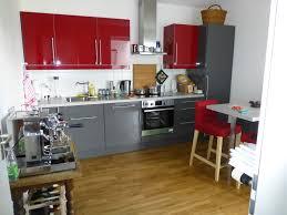 küche türkis rot graue küche kuche nolte streichen grau gelb rotbuche fliesen
