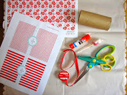 diy christmas crackers the refab diaries