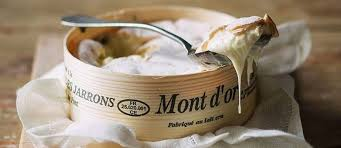 comment cuisiner un mont d or un chef un produit le mont d or ce fromage de partage le point