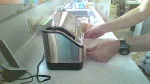amazon com foodsaver 4980 2 in 1 vacuum sealing system standard