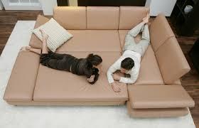 canap originaux meubles design canapé original étend pour former un lit le canapé