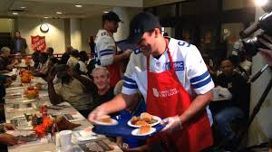 tony romo mincey out early thanksgiving meals at