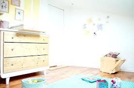 chambre bébé blanche pas cher commode chambre bebe commode blanche et bois naturel commode chambre