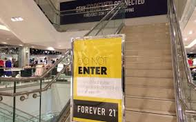 forever 21 thanksgiving retail therapy forever 21 downsizes in valley teen stores