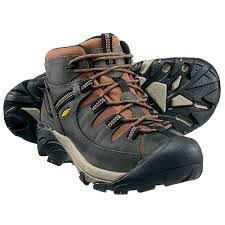 Delaware best travel shoes images Men 39 s hiking boots waterproof hiking boots png