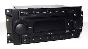 amazon com jeep dodge chrysler radio 2004 2010 am fm cd aux mp3